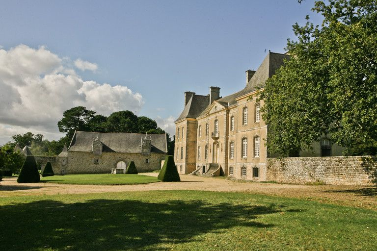 Near Vannes and beaches of  Gulf of Morbihan, beautiful castle....